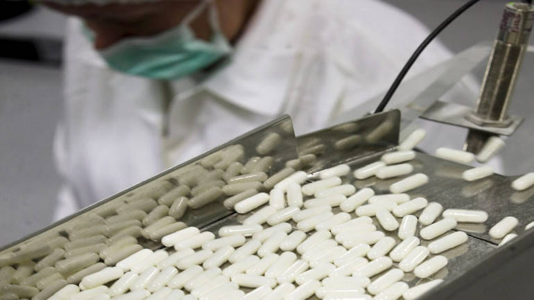 Aurobindo Pharma, Intas in race to buy Mallinckrodt's US generic business